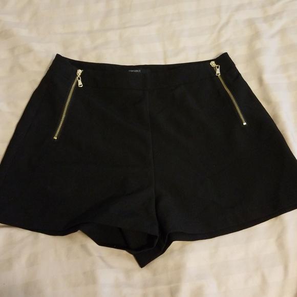 black shorts forever 21